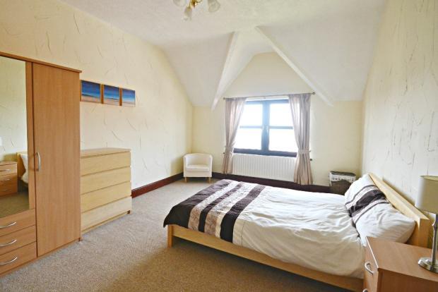 Apt 2 Bedroom