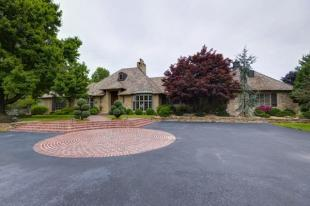 Farm House for sale in Missouri, Webster County...