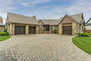 4 bedroom home for sale in Kansas, Sedgwick County...