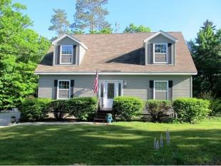 3 bedroom house for sale in Maine, Oxford County...