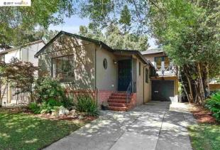 3 bedroom property for sale in California...