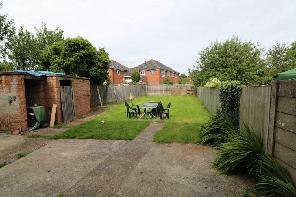 1 bedroom flat to rent in basingstoke road reading rg2. Black Bedroom Furniture Sets. Home Design Ideas