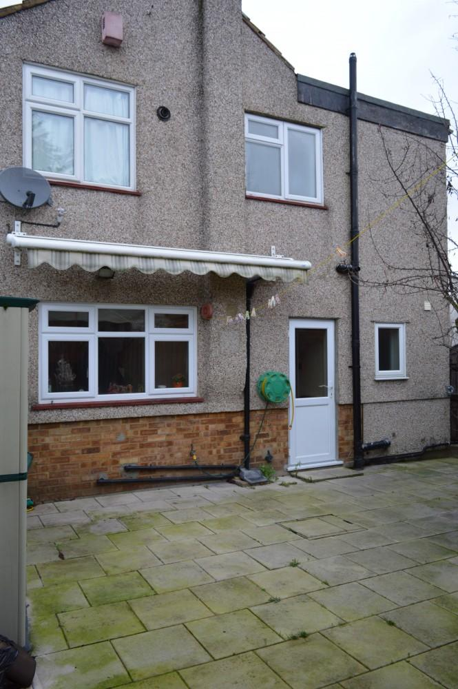 4 bedroom house to rent in northumberland avenue welling kent da16