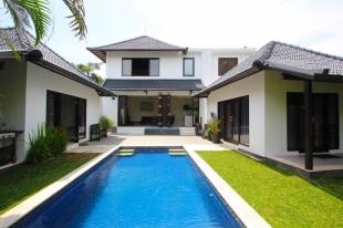 4 bedroom Villa for sale in Bali, Canggu