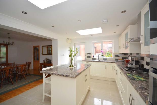 4 Bedroom Detached House For Sale In Shenley Lodge Milton Keynes Mk5