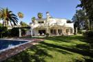 5 bedroom Villa in Las Brisas...