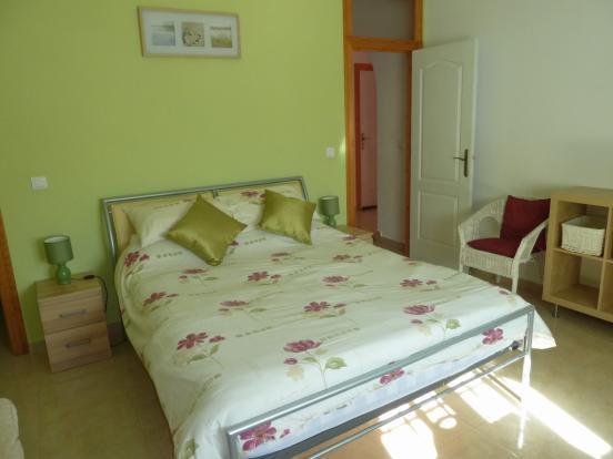 apt. bed 1(a)