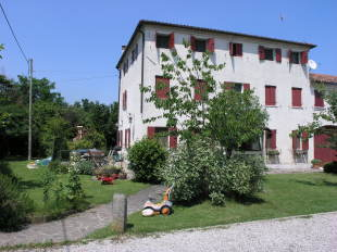 4 bed Country House for sale in Veneto, Treviso...