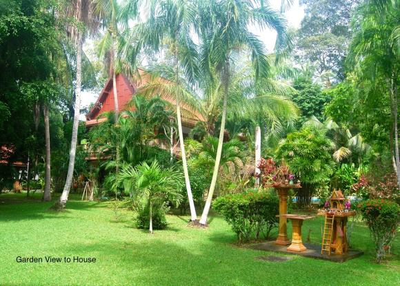 25 House From Garden