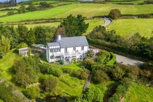 4 bedroom Detached house for sale in Swallow Cottage...