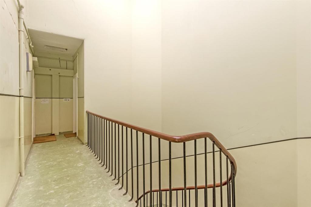 Image 02 - Stair.jpg