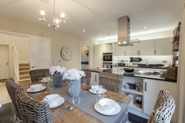 Clifton_kitchendining_1