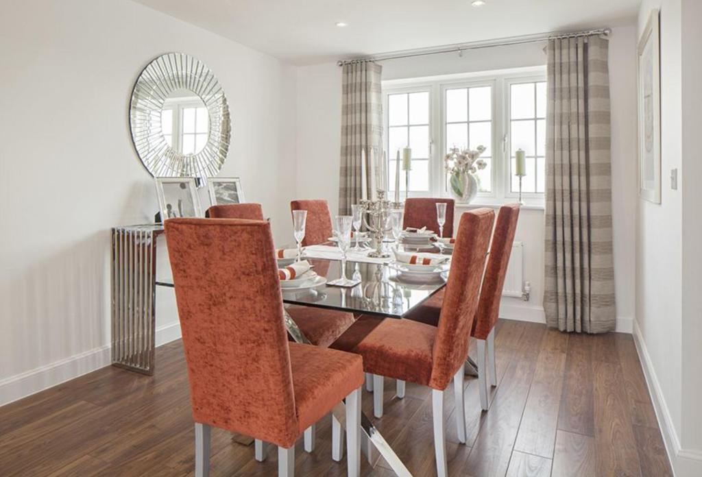 Thornbury Show Home Dining Room
