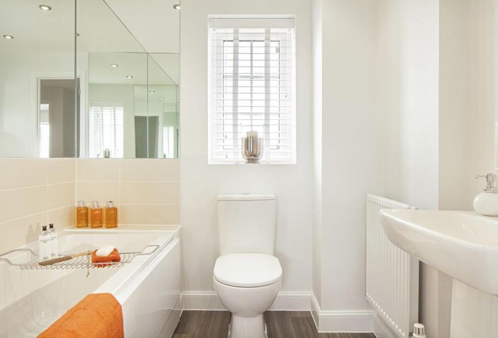 Thornbury Show Home Bathroom