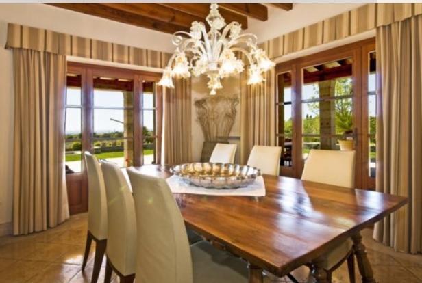 Majestic dining area