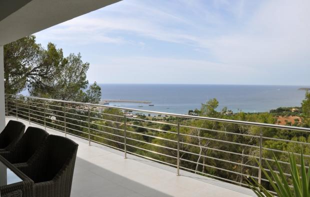 Terrace views to Por