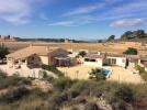 4 bedroom Villa for sale in Algueña, Alicante...