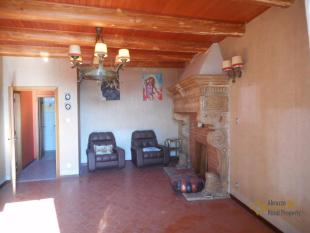Town House for sale in Salcito, Campobasso...