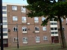 Flat to rent in Avelon Road, Elm Park...