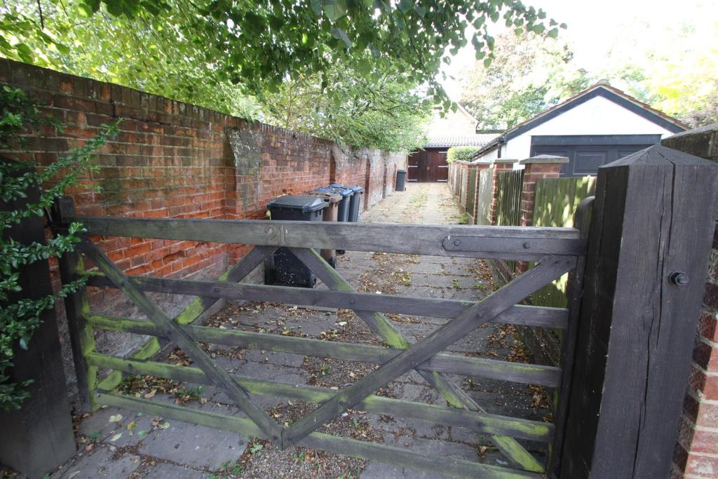 Garage access and pa
