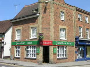 Jonathan Hunt Estate Agency, Warebranch details
