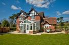 4 bed Detached property in Cliff Road, Totland Bay