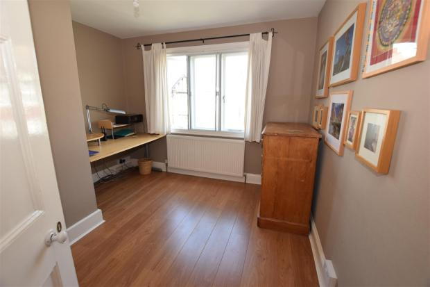 38 Earlsfield Road -