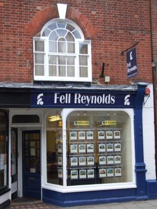 Fell Reynolds, Hythebranch details