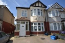 Flat in Beehive Lane, Gants Hill...