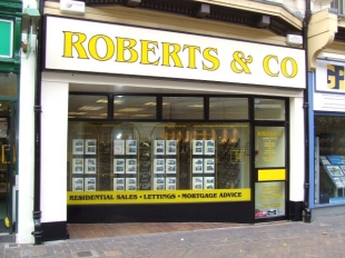 Roberts & Co, Newport - Salesbranch details