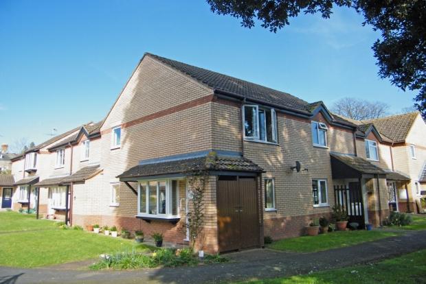 2 Bedroom Apartment For Sale In Northfield Gardens Taunton Ta1