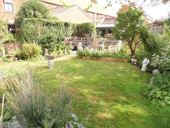 garden alt.JPG