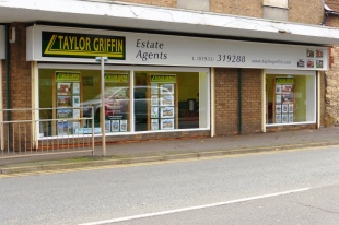Taylor Griffin, Rushdenbranch details