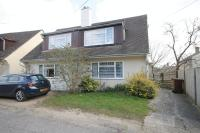 3 bedroom Semi-Detached Bungalow in Middle Way, Islip, Oxon...