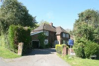 4 bed Detached home in Wade Court Road, Havant