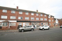 2 bed Flat in St Christophers Road...