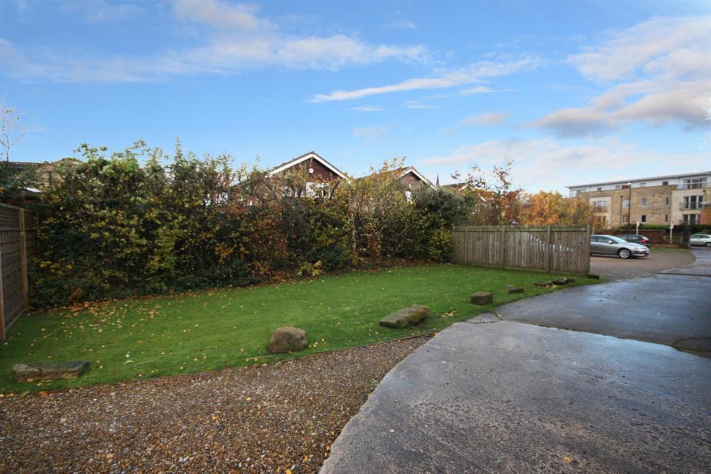 4 Summerfild house -