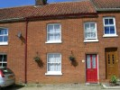 Terraced property to rent in Queen Street, WYMONDHAM