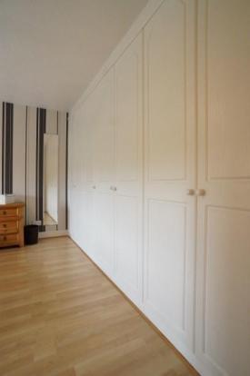 Bedroom 2 (Wardrobes)
