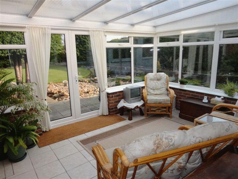 3 bedroom detached bungalow for sale in old main road for Detached sunroom