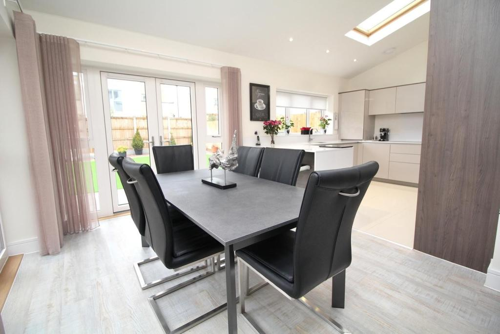 Countryside Properties,Dining room