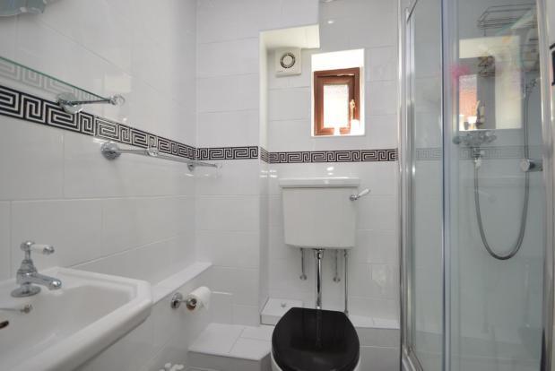 Groud Floor Shower R