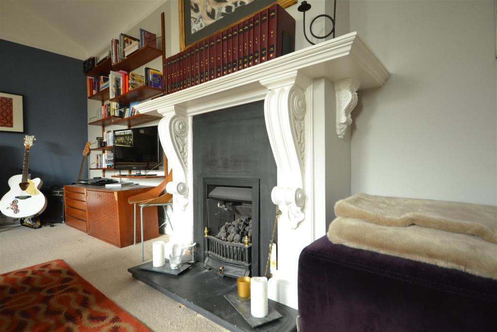 Fireplace Design leonards fireplace : 2 bedroom flat for sale in Quarry Hill, St. Leonards-On-Sea, TN38