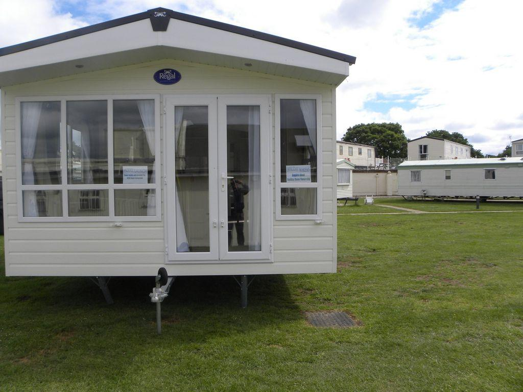 2 bedroom mobile home for sale in nodes point st helens isle of wight po33
