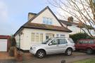 3 bedroom Detached Bungalow in Goffs Lane, Goffs Oak...