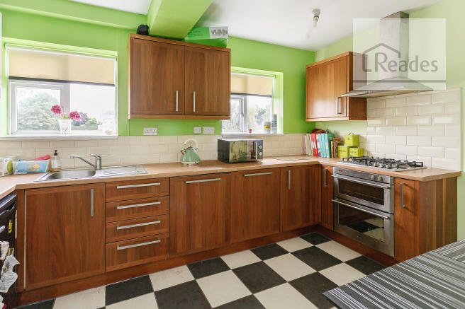 Kitchen/b\'fast rm