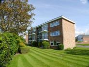 Flat to rent in Millwood Court...