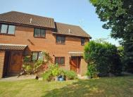 semi detached home to rent in Trout Road, Haslemere...