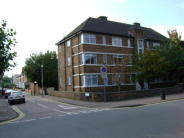 2 bedroom Flat to rent in Musters Court...