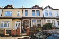 3 bedroom Terraced house in Cliffsea Grove...